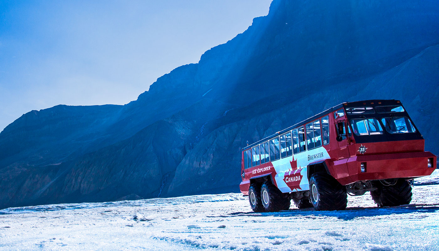 Columbia Icefield Adventure: Athabasca Glacier Tours and Viewing