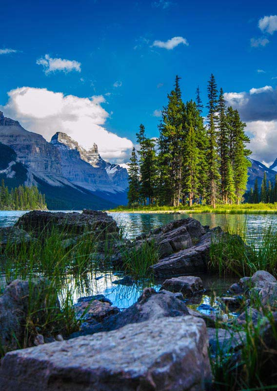Spirit Island at Maligne Lake in Jasper National Park