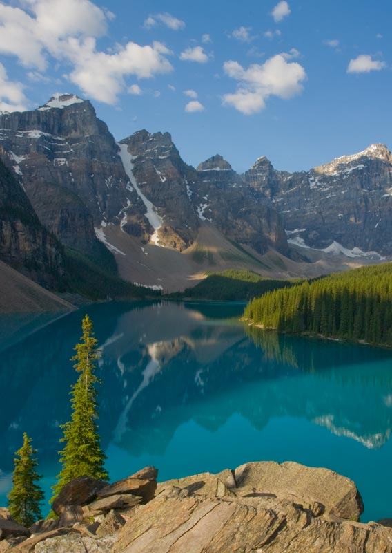 Map of the Canadian Rockies and Tourist Attractions Banff Jasper