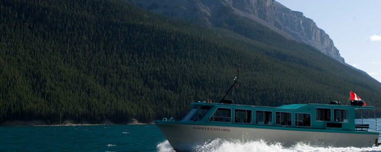 Banff Lake Cruise on Lake Minnewanka