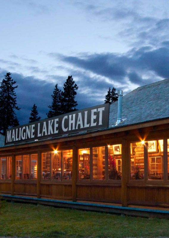 Maligne Lake Historic Chalet