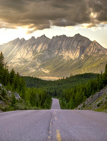 A Perfect Day in Maligne Valley: The ultimate itinerary