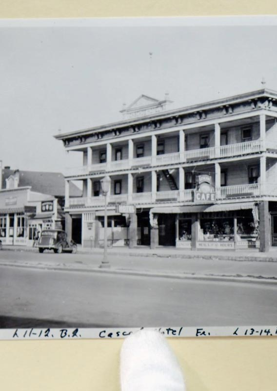 A historic photo of the Cascade Hotel