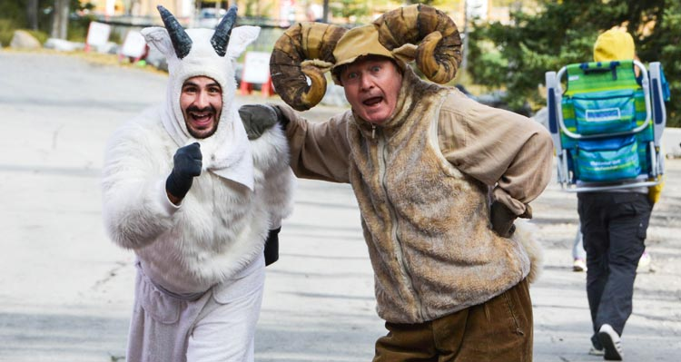 Two runners dressed up as a mountian goat and bighorn sheep.